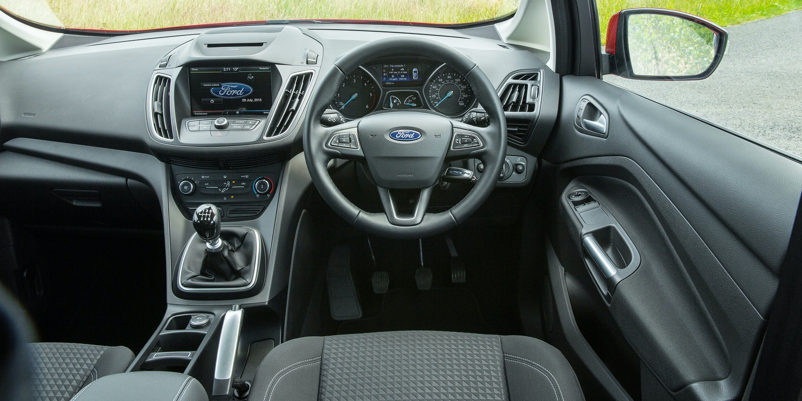ford c max interior infotainment carwow. Black Bedroom Furniture Sets. Home Design Ideas
