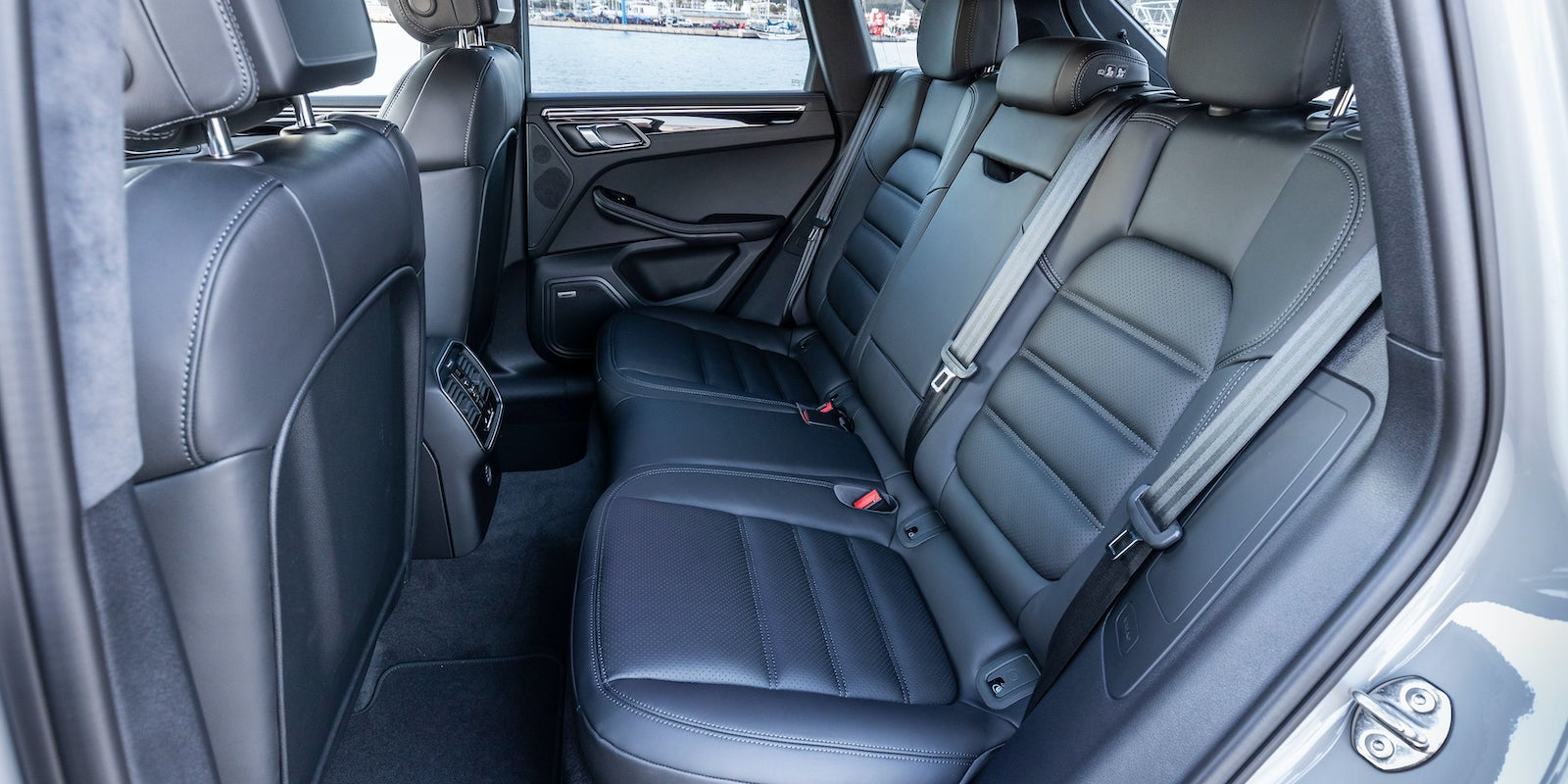 Porsche Macan Boot Space Dimensions Carwow