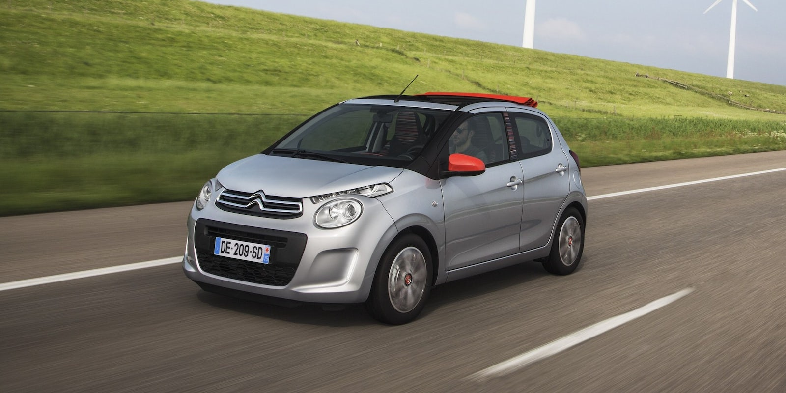 New Citroen C1 Airscape Review | carwow