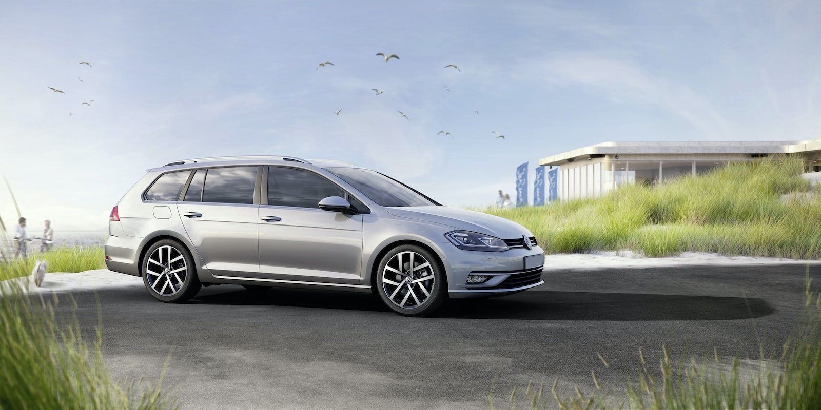 New Volkswagen Golf Estate Review | carwow