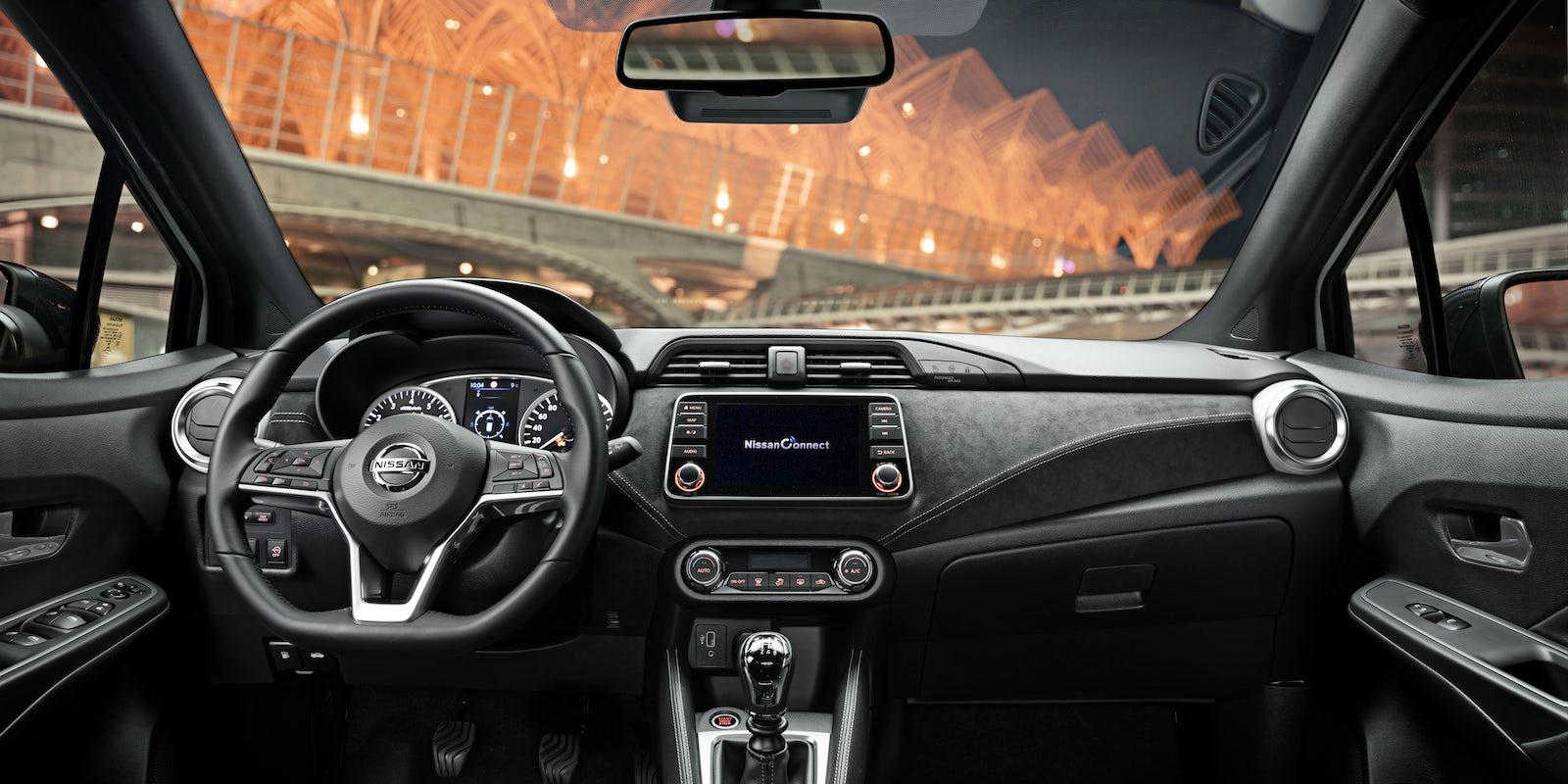Nissan Micra Interior & Infotainment | carwow