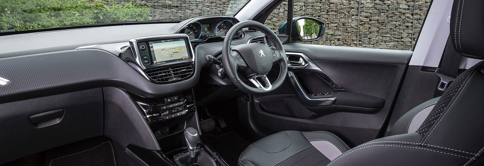 peugeot 2008 size and dimensions guide   carwow