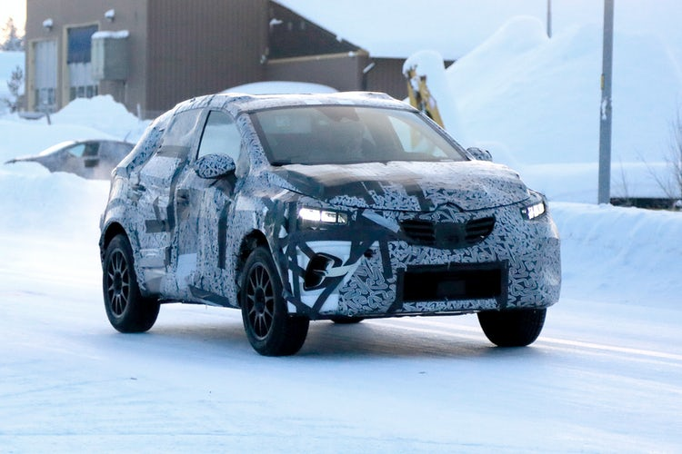 2020 Renault Captur spotted in the Arctic Circle | carwow