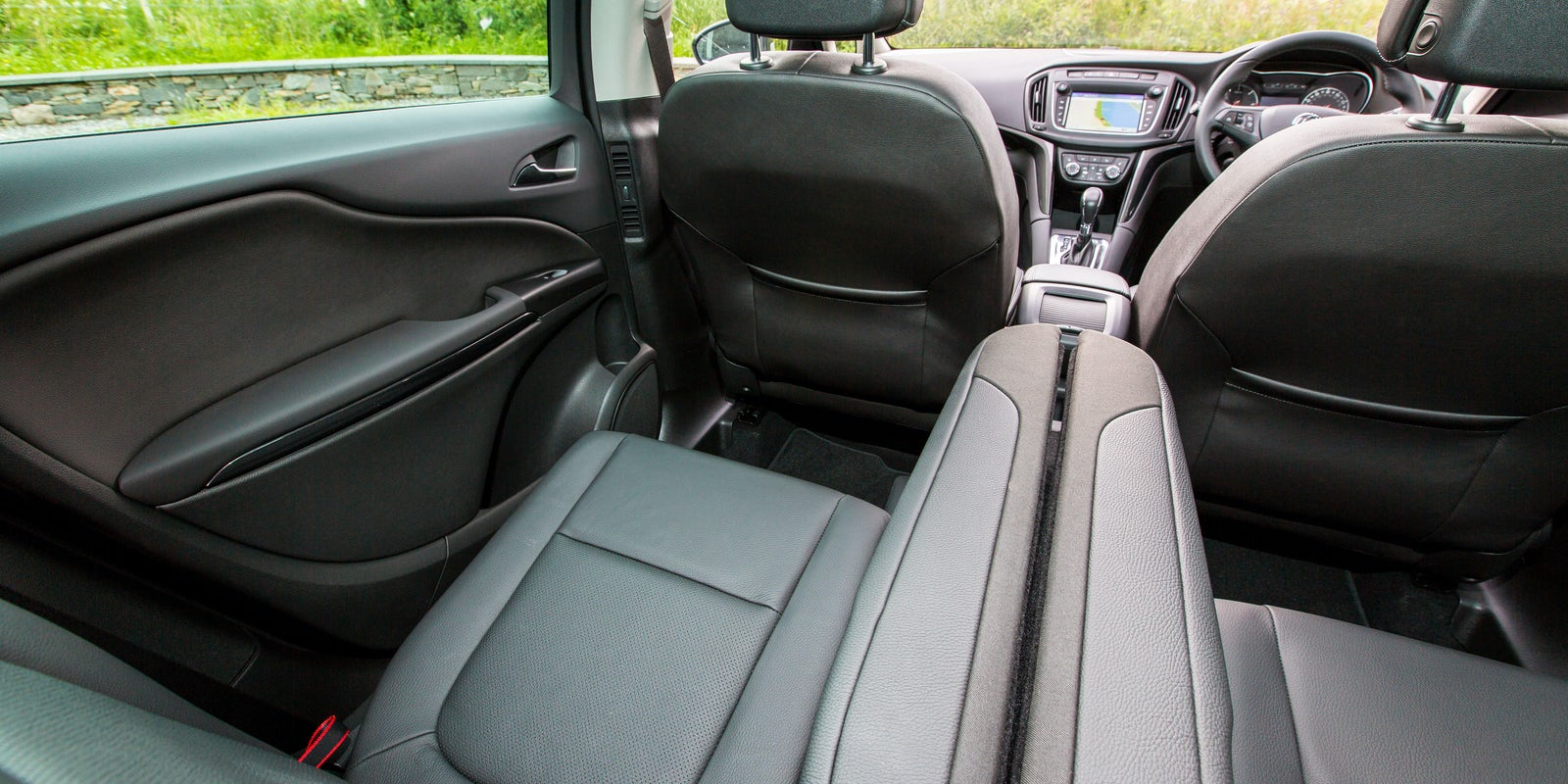 100 opel zafira interior 2016 opel zafira 7 seater for Opel zafira interieur