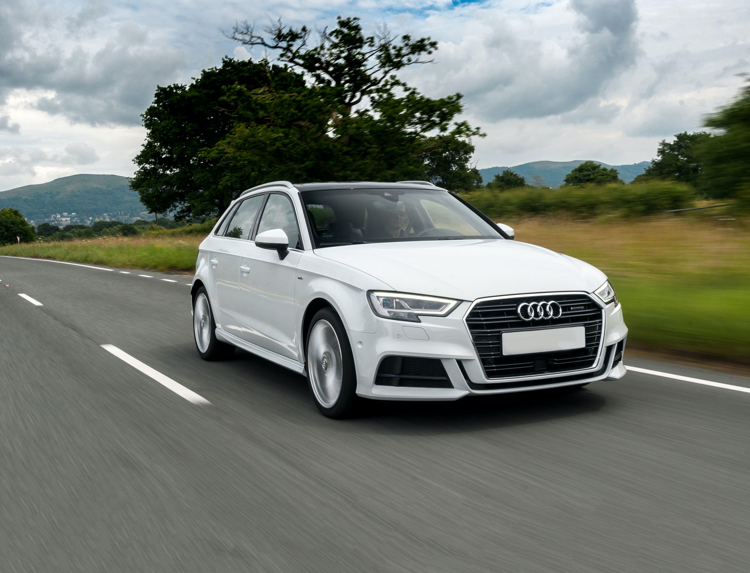 Buying Selling Cars >> New Audi A3 Sportback Review | carwow