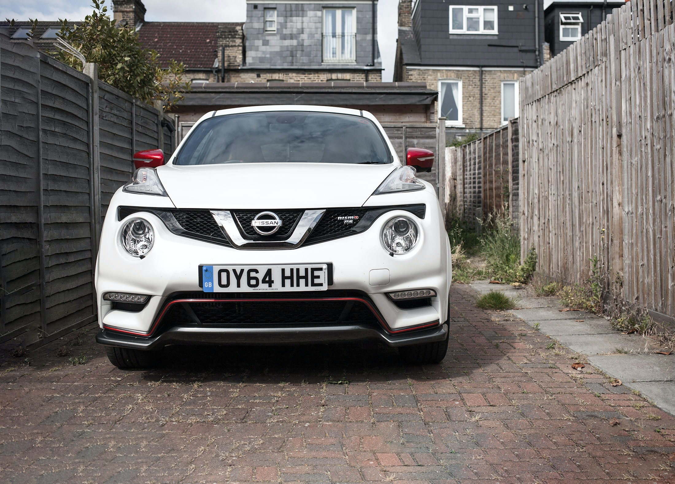 2015 Nissan Juke Tekna real-world road test | carwow