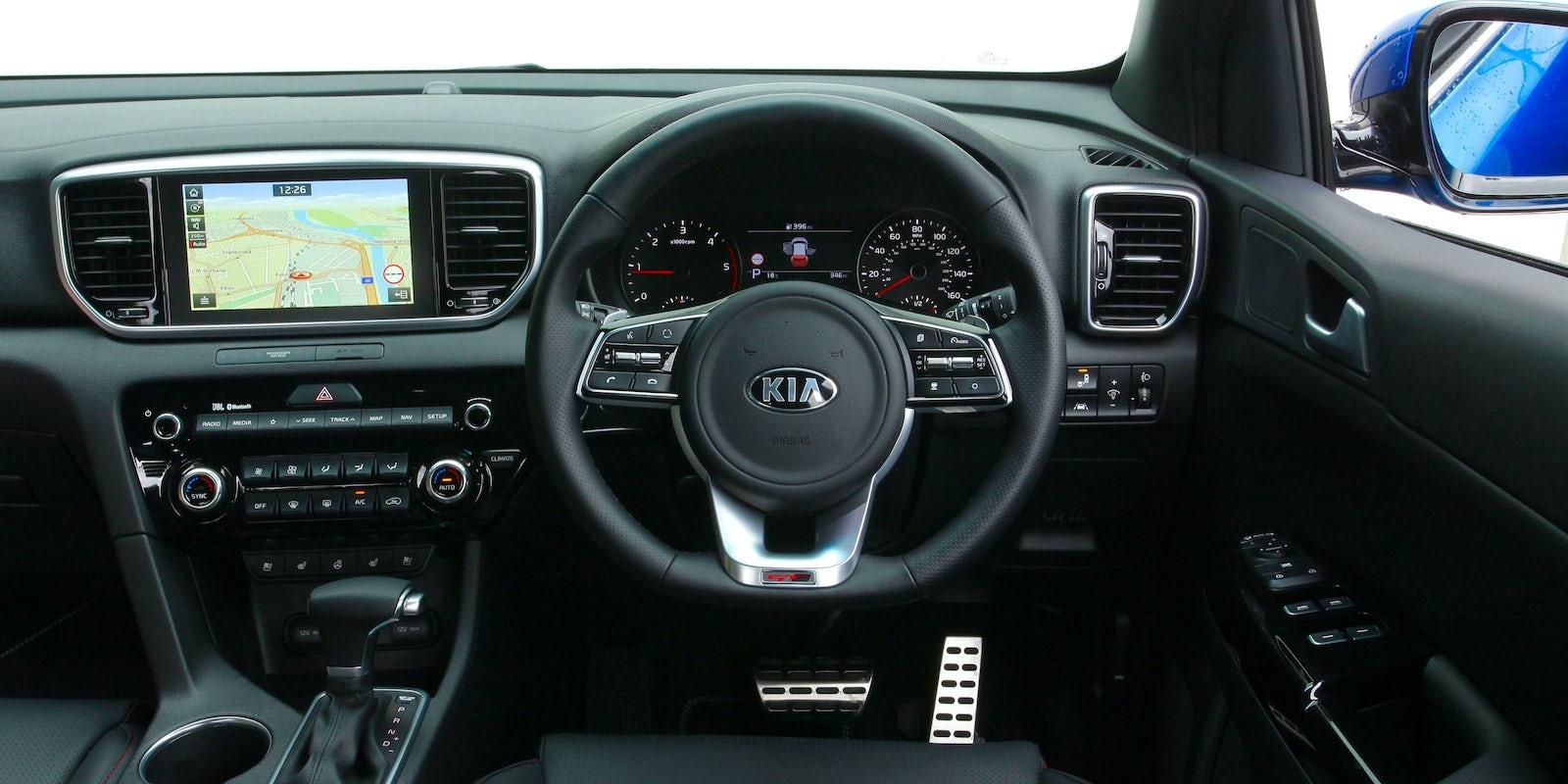 Kia Sportage Interior & Infotainment | carwow