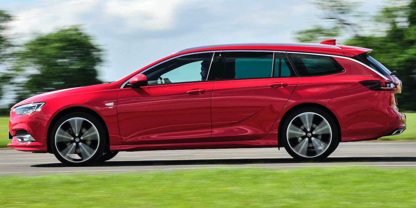 Vauxhall Insignia Sports Tourer Review Carwow