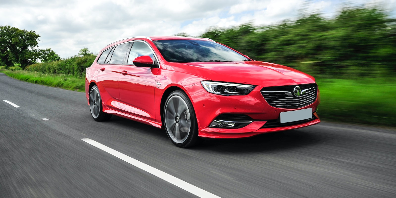 new vauxhall insignia sports tourer review carwow. Black Bedroom Furniture Sets. Home Design Ideas