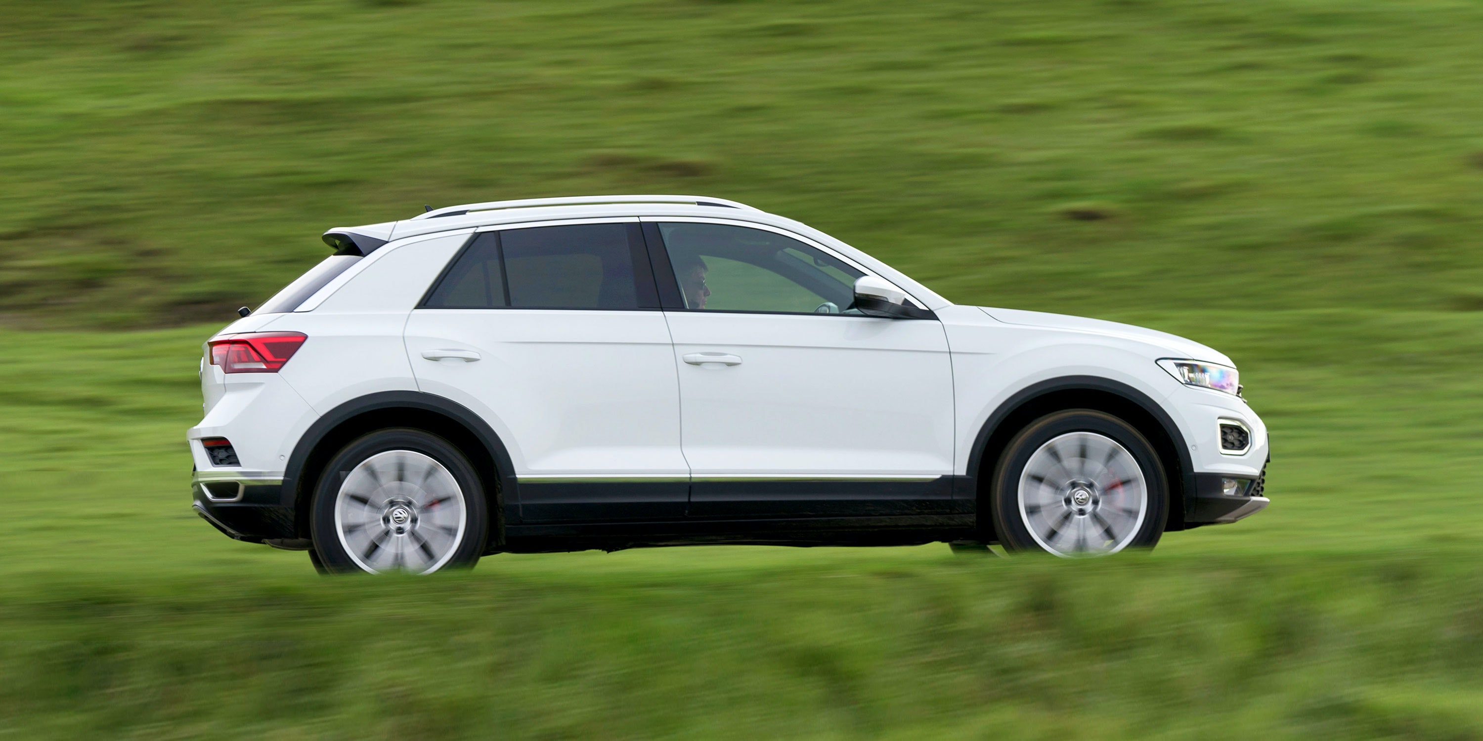 Deal On Wheels >> Volkswagen T-Roc Review | carwow